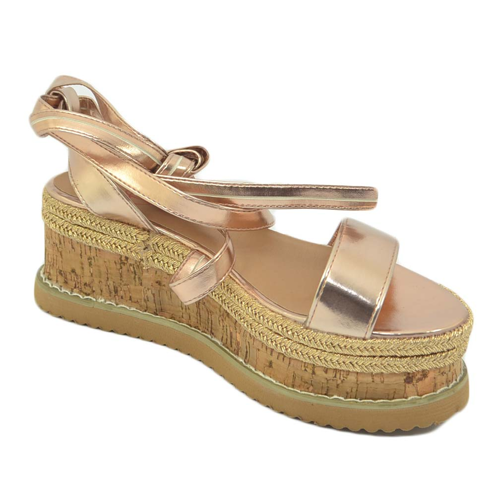 Zeppa donna oro rosa sandalo basso comoda con fondo in spago allacciatura alla schiava alla caviglia moda positano donna sandali bassi ragnetto Malu