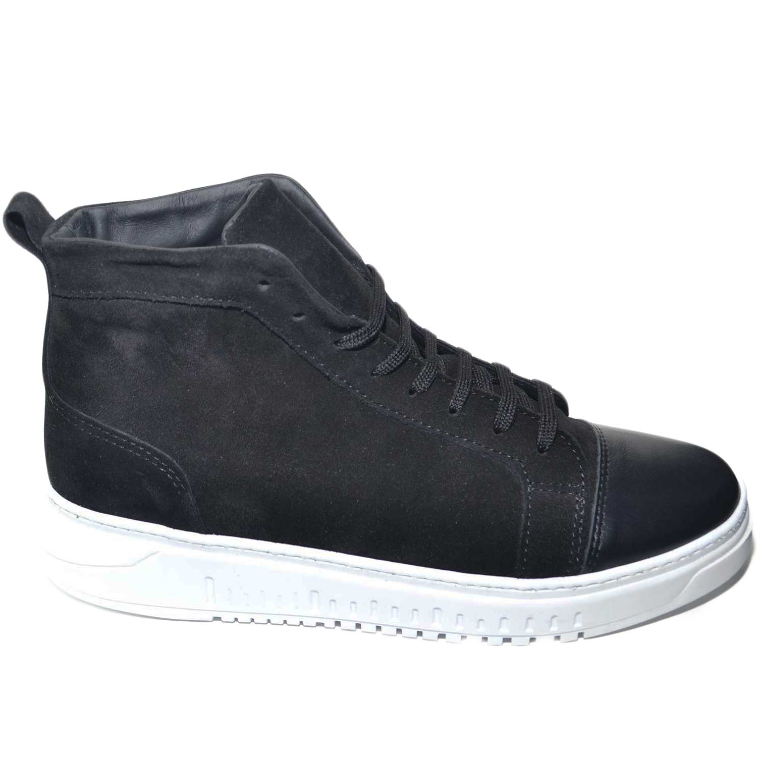 SNEAKERS UOMO ALTA A STIVALETTO IN VERA PELLE CAMOSCIO NERO CON PUNTA DI PELLE FONDO ARMY BIANCO MADE IN ITALY uomo sneakers alta Malu Shoes |