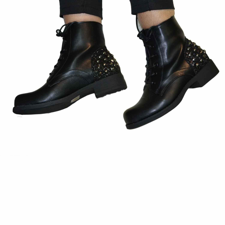 Stivaletto donna con lacci borchie e glitter nero fondo comfort antiscivolo 8ddd79832f9