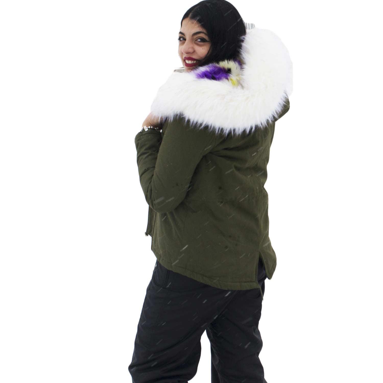 Parka donna corto verde con pelliccia bianca multicolor voluminosa glamour dd5d0c801b39