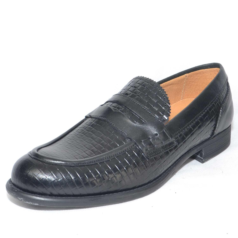 Calzature uomo mocassino nero intrecciato vera pelle made in italy elegante  da cerimonia fondo nero antiscivolo c1ee17529a1