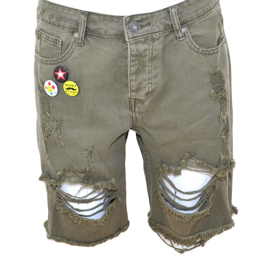 bad9c0608a Pantoloni corti short uomo bermuda in jeans verde militare con stemmi e  spille strappi frontali moda giovane uomo shorts Malu Shoes | MaluShoes