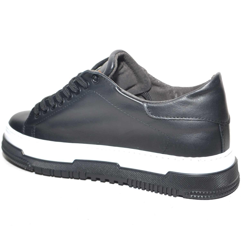 SNEAKERS BASSA UOMO ART.280 IN VERA PELLE NERO BASIC CON FONDO AMNESIA BICOLORE BIANCO NERO MODA STREET STYLE BOY uomo sneakers bassa Made in Italy |