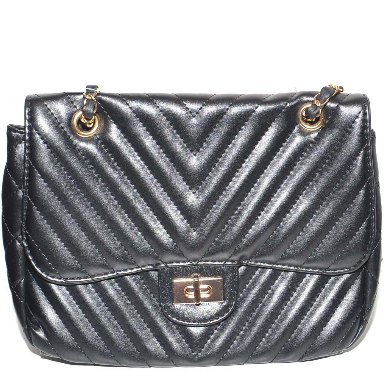6c83dc2b01 Pochette donna borsa piccola in pelle ecologica nera con cuciture  trasversali catena e gancio oro zip. Passa il mouse sopra per eseguire zoom