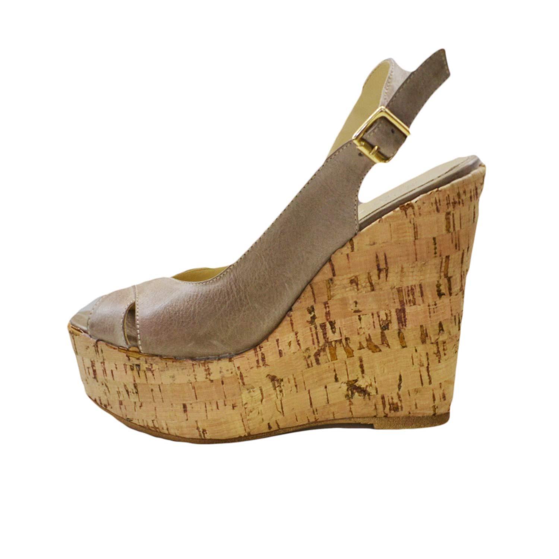 Scopri la gamma completa di scarpe da donna su ASOS. Dai sandali con zeppa alle scarpe da ginnastica alle ballerine, scopri la nostra colleziona e trova il modello che fa per te.