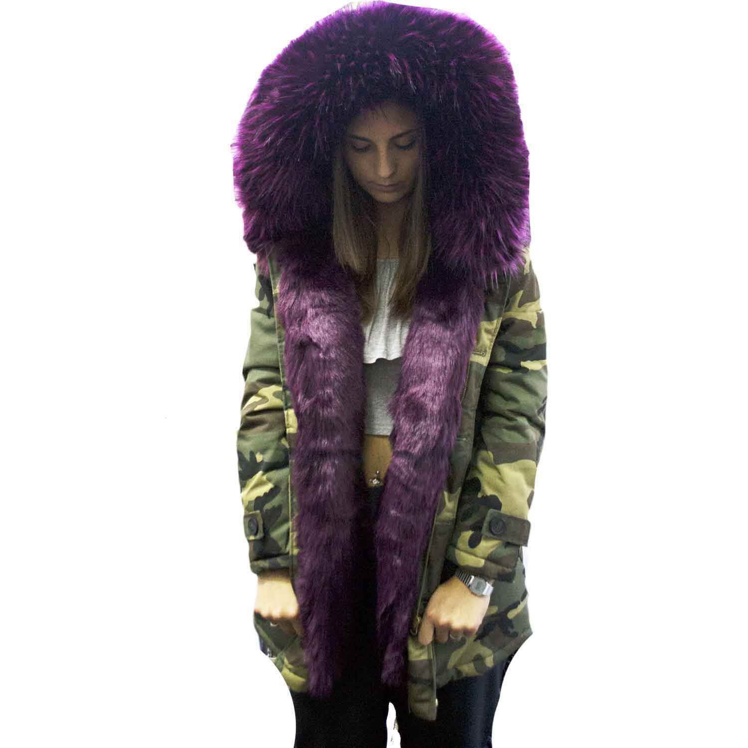 New parka corto mimetico purple con pelliccia colorata voluminosa glamour.