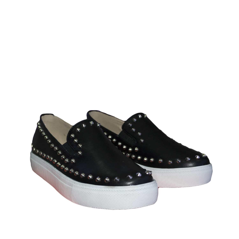 outlet store 0dc6c b172d Scarpe donna nero slip-on basse comfort borchie fondo bianco genuine  leather donna mocassini Malu Shoes | MaluShoes