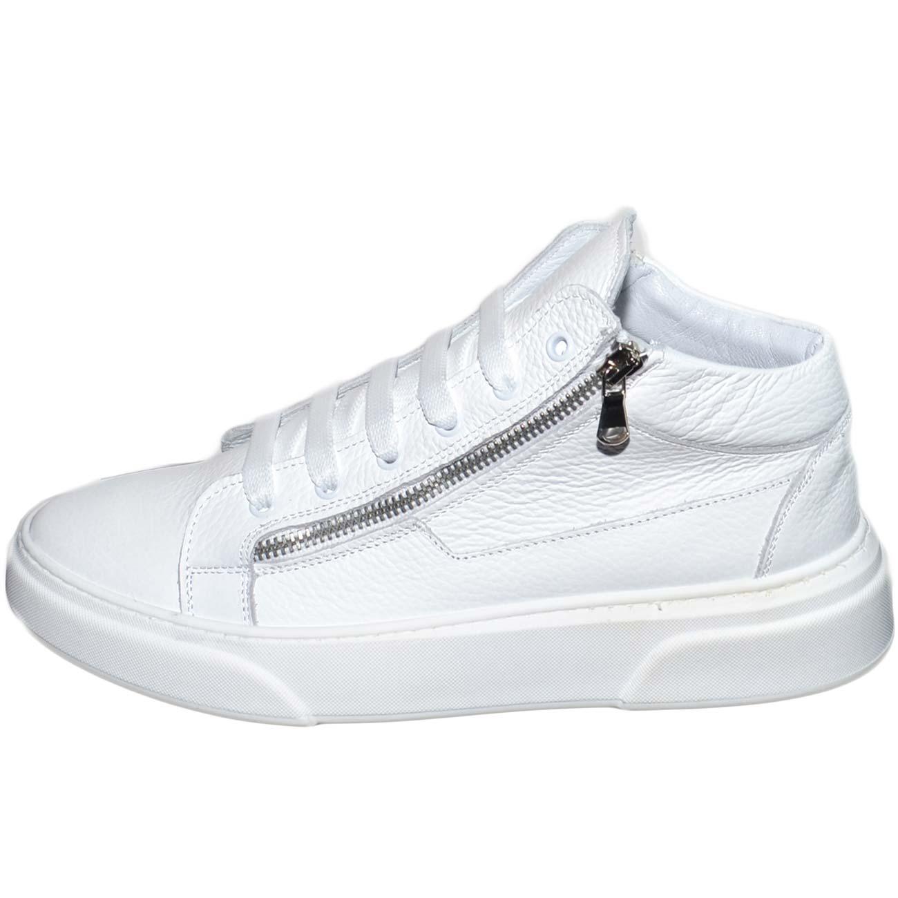 Sneakers bassa uomo in vera pelle bortolato bianco con doppia zip argento lacci fondo fur bianco modello za022 moda uomo uomo sneakers bassa made in