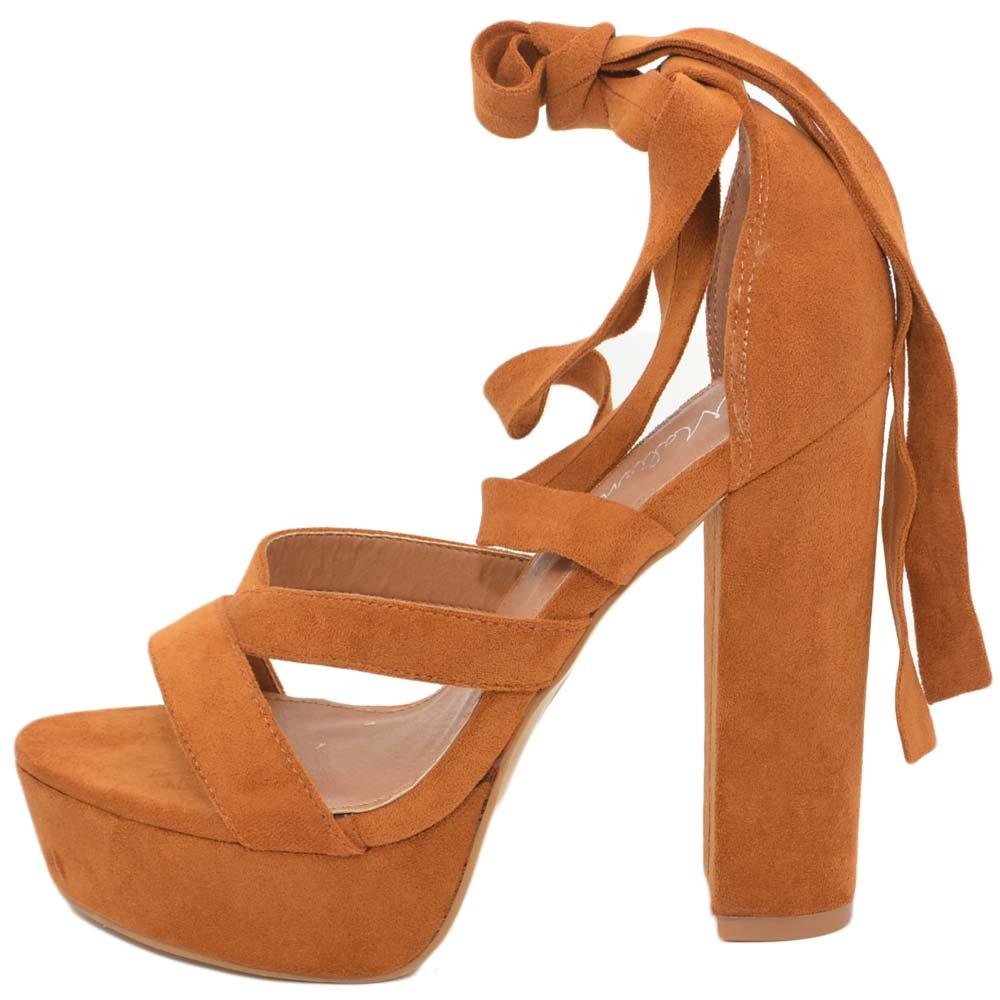 quite nice c7c54 8af6a Sandalo con tacco doppio alto e plateau allacciato alla gamba color cuoio  tessuto scamosciato glamour moda donna sandali tacco Malu Shoes   MaluShoes