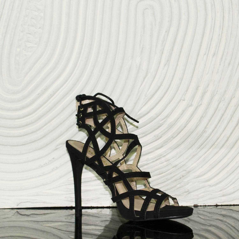 più economico vari tipi di sconto di vendita caldo Sandalo tacco scarpe donna tacco spillo comfort nero camoscio forato donna  sandali tacco Malu Shoes | MaluShoes